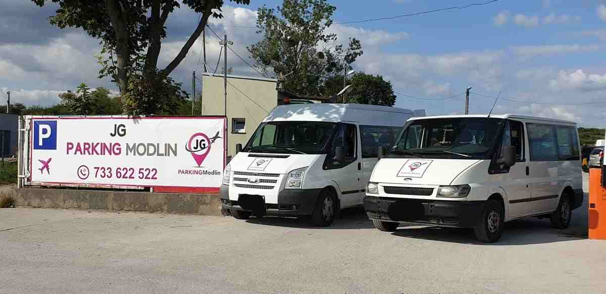 Parking Modlin - 2