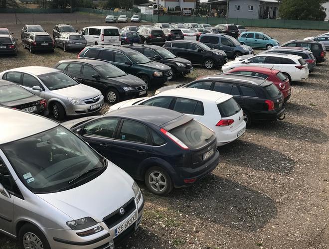 Parking lotnisko Poznań - 2